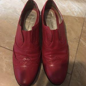 Pour la victoire red leather shoes, women size 7